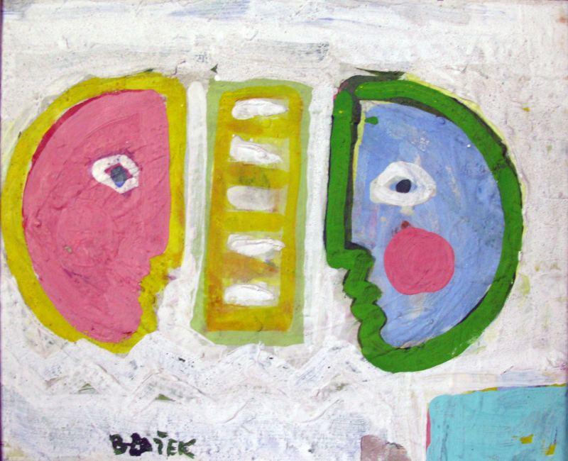 """Blažkovi jihomoravští kentauři Z obrazů folklórních tanečníků, muzikantů, zpěváků… Jaroslava Blažka jako kdyby na nás zírali bohové a bohyně z chrámů pravěkých kultur – stojí strnule a nehnutě, jako kdyby zde byly od počátku věků. Blažkův krojovaný jezdec se vznáší v prostoru jako mořský koník, bez znatelného pohybu, a zároveň je to kentaur, kterého nelze osedlat, půl člověk, půl zvíře, dva stejně jako jeden, jsou součástí pradávného mýtu a proto je nutné je oslavit, odít je do harmonii vzbuzujících tvarů a zářivých barev. Blažek je echt-Moravan, vkořeněný ve svém kraji a lokální kultuře, a člověka s podobnou představou by asi poslal do háje. Ale o to právě jde. Blažkovo umění je archetypální – variované tvary lidí, koní, houslí, jako kdyby v sobě nesly nějakou osudovost. Na tvářích lidí nejsou patrny vůbec žádné emoce, často jsou to jen silně obtažené plochy, de facto čisté představy, které se vynořují v lidské mysli podobně """"automaticky"""" jako se zjeví tvář Měsíce na noční obloze. Blažkovi ženy a muži nejsou obyčejní smrtelníci, jsou to bytosti z mýtů, kteří svou existenci, pohlaví, význam, důležitost vyjadřují pomocí prvků a barev, jejichž skladba, výběr, souvztažnost jen naznačují smysl, jsou spjaty s mimovisuálním vnímáním, s hudbou a tancem, a odkazují za horizont vědění. Blažek je přirozený talent. Chrlí obrazy a kresby po stovkách, k tomu čmárá na dlaždičky, a přitom nic z toho není banální či blbé. Maluje stejně lehce, jako tvořil Picasso, který byl ale přece jen i intelektuál – Blažek kašle na nějaké myšlenky, vysoké i nízké, neřku-li politické (v komunistické straně – na rozdíl od Picassa – se ocitl jen díky svému naprostému nezájmu se něčím podobným zabývat, a tedy i zaujmout k tomu nějakou posici). Akademie byla podle něj """"nahovno"""" (na co si odtamtud vzpomíná, byl fotbal a cimbálová muzika, kterou tam dal dohromady), abstrakce ho nijak zvláště nezaujala, když byl dotázán na umělce, kteří ho nějak oslovili, dokázal si vybavit vedle Úprky jen francouzského"""
