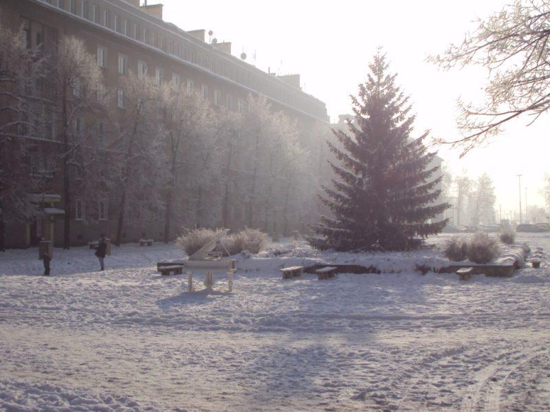 Krakov, Nová Huť, náměstí v zimě. Foto Josef Mlejnek jr.